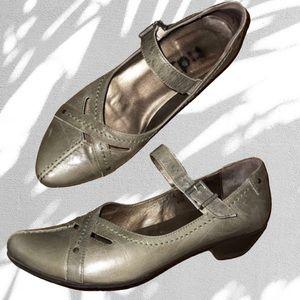 Fidji Sage Green Maryjane Low Heels - EU 36